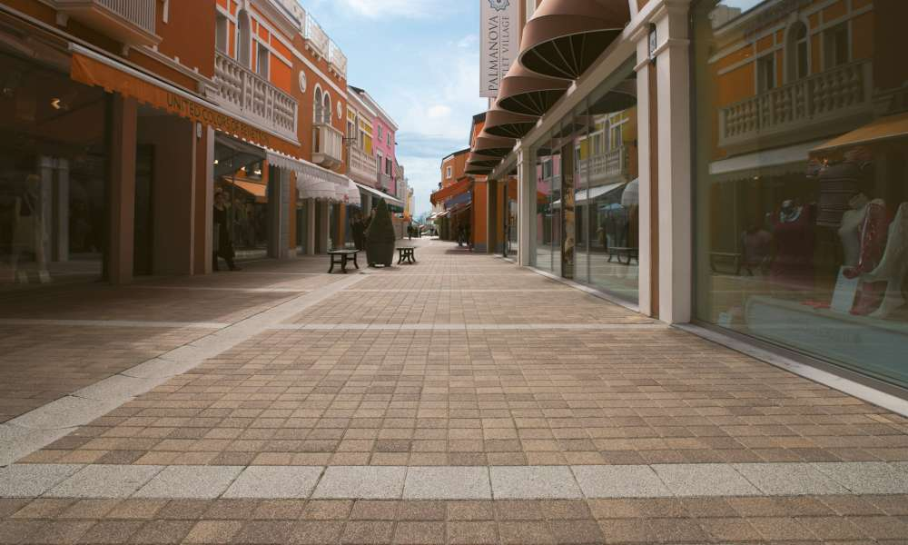 Outlet Village - Occhilbello (RO)